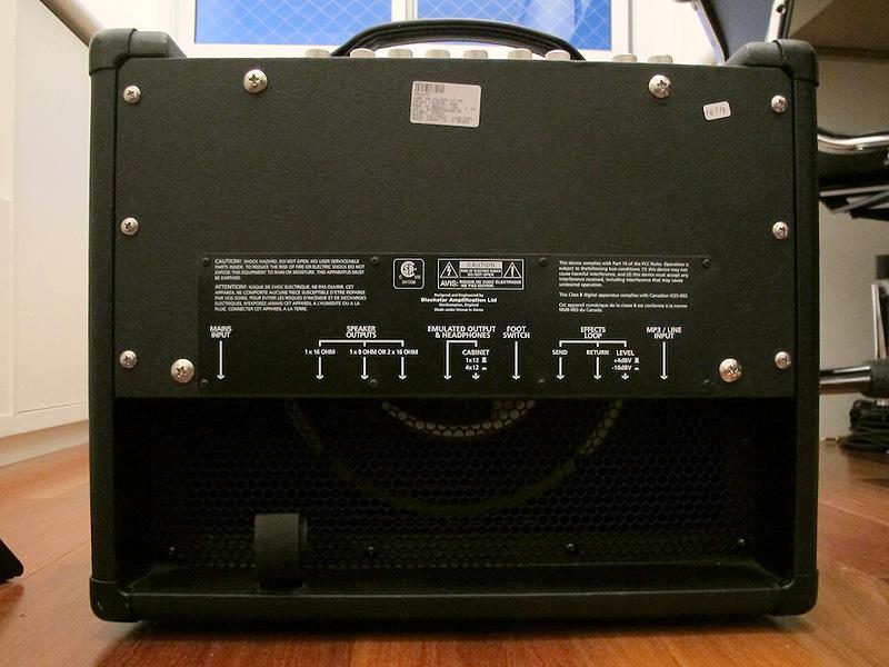 Blackstar HT-5 - traseira